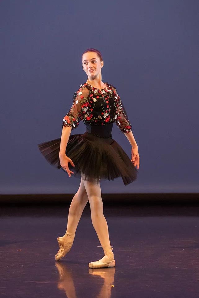 Eline a été sélectionnée pour entrer au Conservatoire National supérieur de Paris.