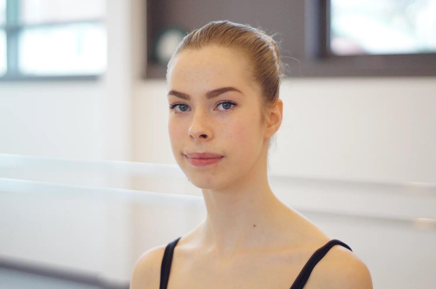 Lou Anne a été reçue à l'école nationale supérieure de Marseille.
