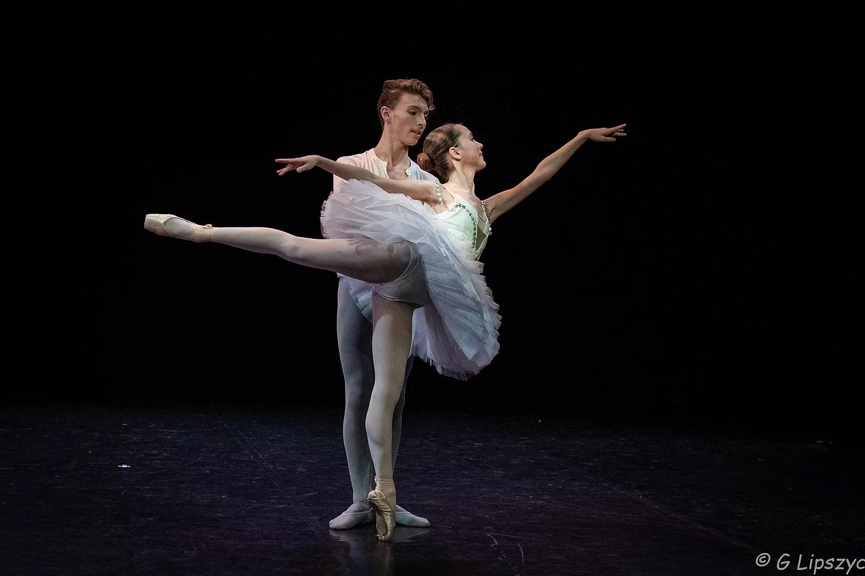 Cléa va continuer ses études universitaires sur sur Paris. Gaëtan entre à l'EPSE Danse de Montpellier.